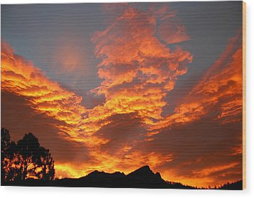 Wood Print featuring the photograph Palisade Sunrise by Perspective Imagery