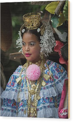 Panamanian Queen Of The Parade Wood Print