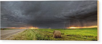 Panoramic Lightning Storm In The Prairies Wood Print by Mark Duffy