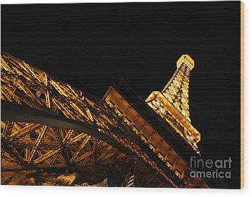 Wood Print featuring the photograph Paris by Wilko Van de Kamp