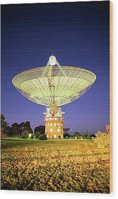 Parkes Radio Telescope Wood Print by Yury Prokopenko