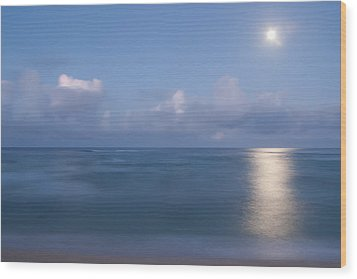 Pastel Moonset Wood Print by Roger Mullenhour