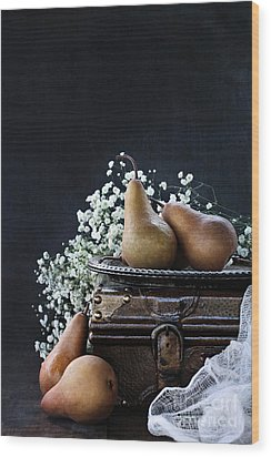 Wood Print featuring the photograph Pears And Baby's Breath by Stephanie Frey