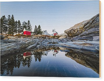 Wood Print featuring the photograph Pemaquid Point Light Reflection by Robert Clifford