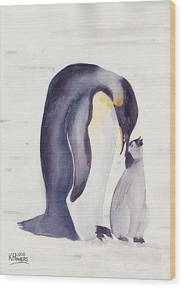 Penguin And Baby Wood Print by Ken Powers
