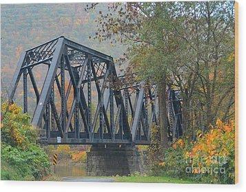 Pennsylvania Bridge Wood Print by Cindy Manero