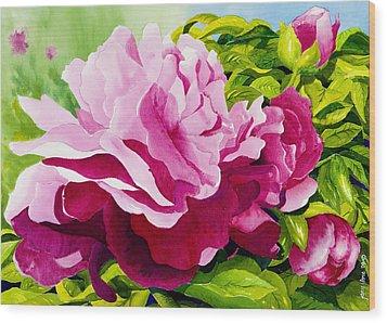 Peonies In Pink Wood Print by Janis Grau