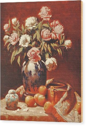 Peonies With Ginger Jar Wood Print by David Olander