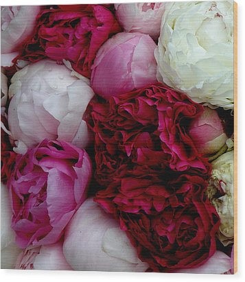 Peony Bouquet Wood Print by Lainie Wrightson