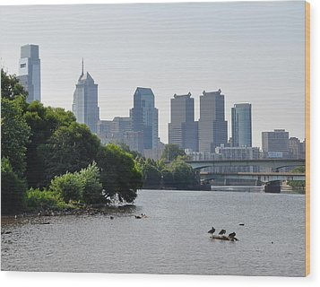 Philadelphia Along The Schuylkill River Wood Print by Bill Cannon