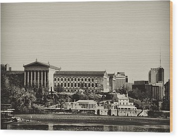 Philadelphia Museum Of Art And The Fairmount Waterworks From West River Drive In Black And White Wood Print by Bill Cannon