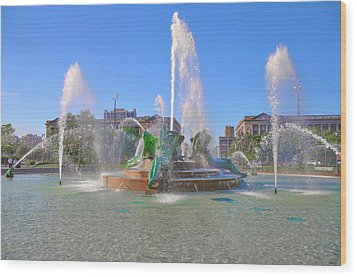 Wood Print featuring the photograph Philadelphia - Swann Fountain At Logan Square by Bill Cannon