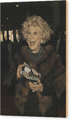 Phyllis Diller Wood Print by Nina Prommer