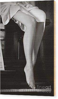 Piano #021389 Wood Print by Andrey Godyaykin