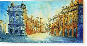 Picadilly Circus Wood Print by Mary Kay Holladay