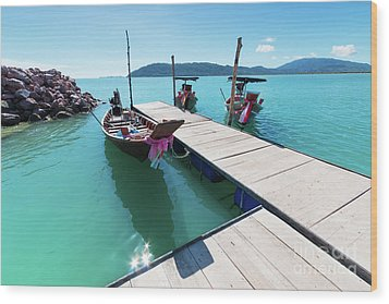 Wood Print featuring the photograph Pier At Khanom by Atiketta Sangasaeng