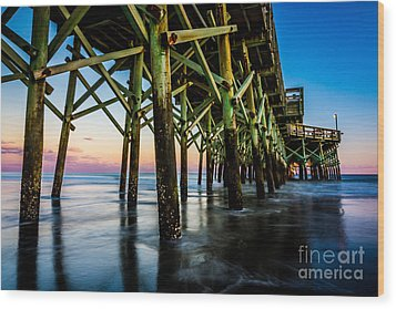 Pier Perspective Wood Print by David Smith