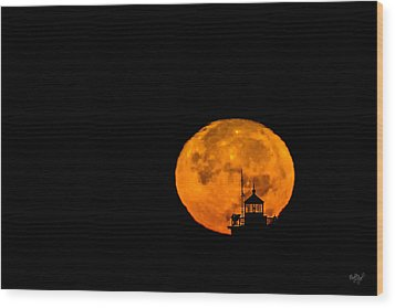 Wood Print featuring the photograph Pierhead Supermoon Silhouette by Everet Regal
