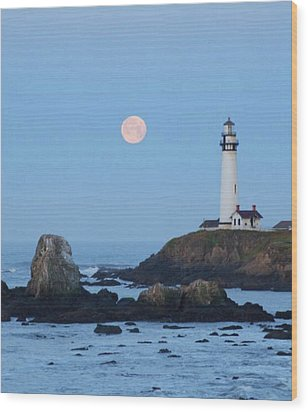 Pigeon Point At Moonset Wood Print