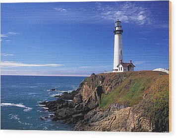 Pigeon Point Lighthouse 2 Wood Print by Kathy Yates