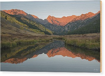 Wood Print featuring the photograph Piney River Autumn Sunrise by Aaron Spong