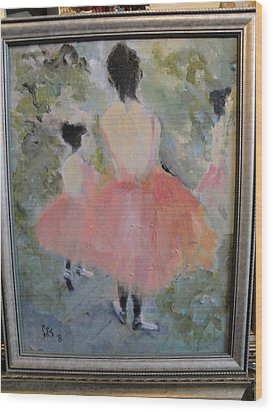 Pink Ballet Wood Print by Les Smith