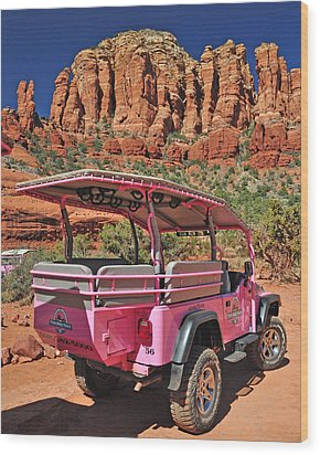 Pink Jeep At Sedona Wood Print