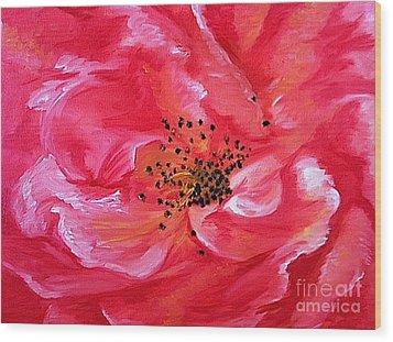 Pink Rose Wood Print by Sheron Petrie