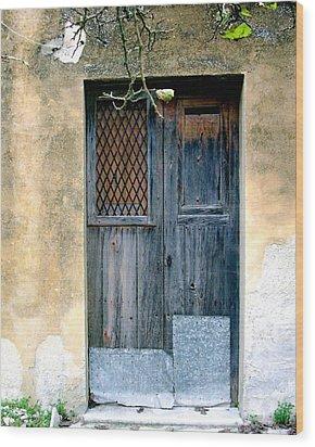 Pino's Door Wood Print