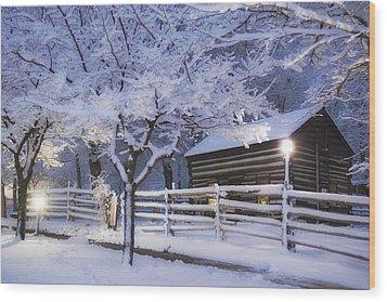 Pioneer Cabin At Christmas Time Wood Print by Utah Images