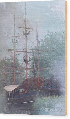 Pirate Ship Hiding In Cove Wood Print