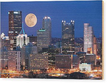 Pittsburgh 6 Wood Print by Emmanuel Panagiotakis