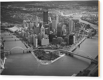 Pittsburgh 8 Wood Print by Emmanuel Panagiotakis