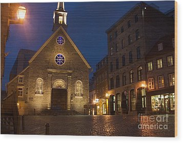 Place Royale And Notre-dame-des-victoires Church At A Rainy Evening Wood Print by Hideaki Sakurai