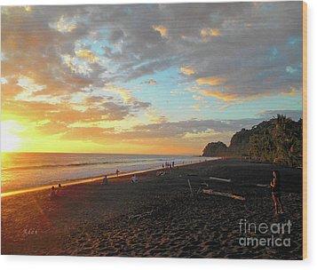 Playa Hermosa Puntarenas Costa Rica - Sunset A One Wood Print by Felipe Adan Lerma