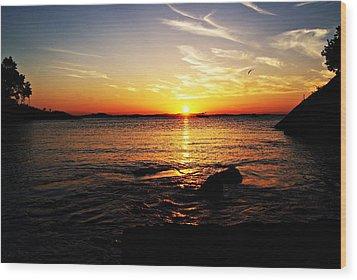 Plum Cove Beach Sunset G Wood Print