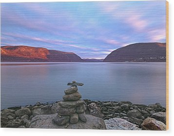 Plum  Point Rock Cairn At Sunset Wood Print