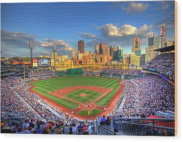 Pnc Park Wood Print by Shawn Everhart
