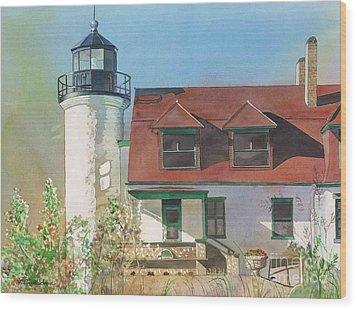 Point Betsie Lighthouse Wood Print by LeAnne Sowa