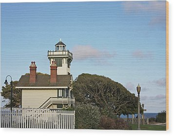 Point Fermin Light - An Elegant Victorian Style Lighthouse In Ca Wood Print by Christine Till