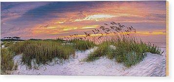 Point Sunrise Wood Print by David Smith
