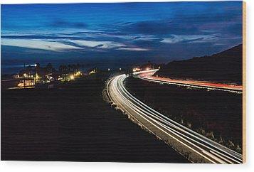 Point Vincente Light Trails Wood Print by Ed Clark