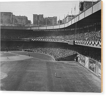 Polo Grounds, During The First Game Wood Print by Everett