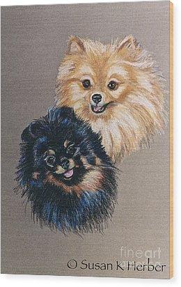 Pomeranian Pair Wood Print by Susan Herber