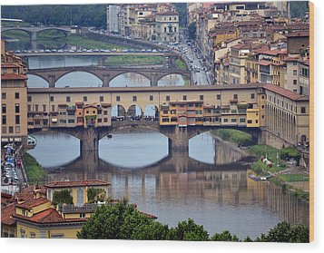 Ponte Vecchio Wood Print by Terence Davis