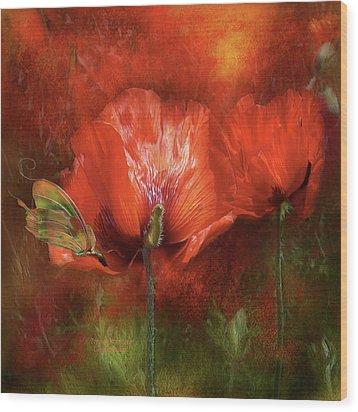 Poppies Of Summer Wood Print by Carol Cavalaris
