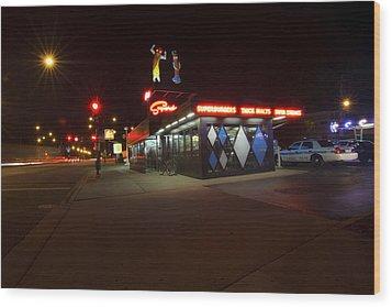 Popular Chicago Hot Dog Stand Night Wood Print by Sven Brogren