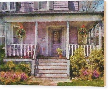 Porch - Cranford Nj - Grandmotherly Love Wood Print by Mike Savad