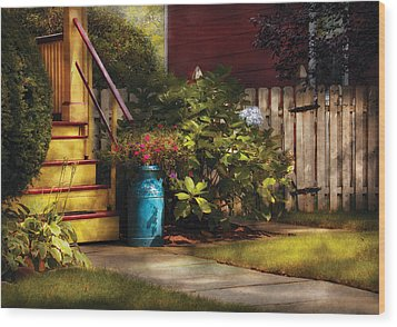 Porch - Summer Retreat Wood Print by Mike Savad