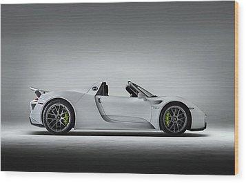 Porsche 918 Spyder Wood Print by Douglas Pittman